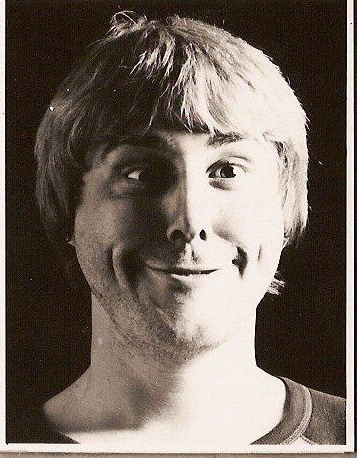 dave-pulling-a-stupid-face