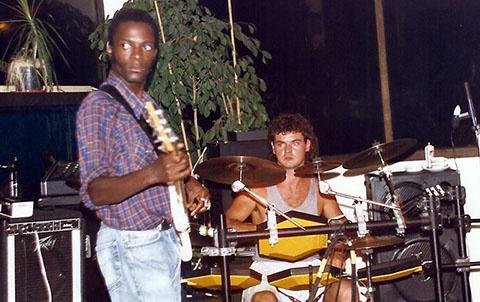 1992 zaframoon ( live ) (7)