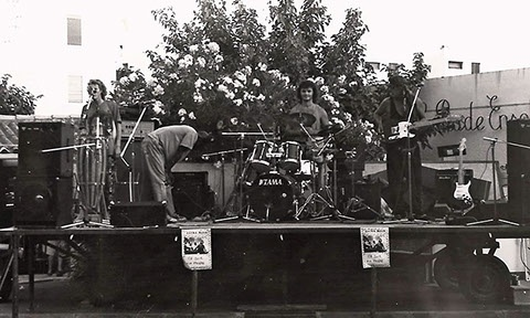 1993 zaframoon ( live )